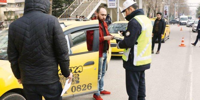 Taksicilere yönelik 15 ilde eşzamanlı denetim yapıldı!