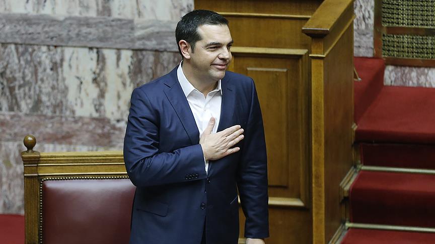 Yunanistan Başbakanı Çipras güven tazeledi