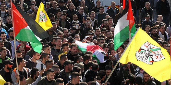 İsrail'in naaşını alıkoyduğu Filistinlinin cenazesi defnedildi