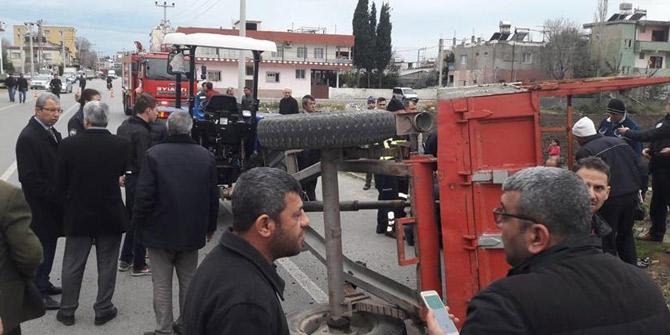 Hatay'da traktör devrildi: 14 yaralı