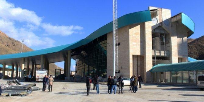 Van  Kapıköy Gümrük Kapısı açıldı