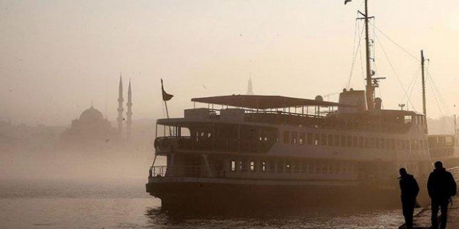 İstanbul'da deniz ulaşımına sis engeli! Seferler yapılamıyor