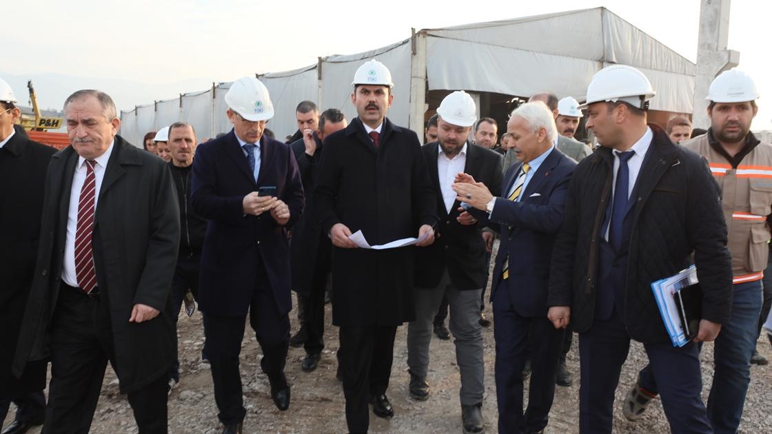 Çevre ve Şehircilik Bakanı Kurum: Depremle ilgili dönüşümde kararlıyız