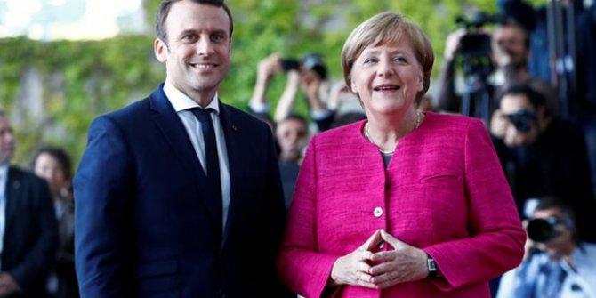 Macron ve Merkel'den Brexit açıklaması!