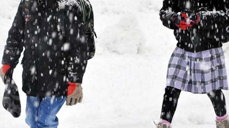 Eğitime kar engeli! Okullar tatil edildi