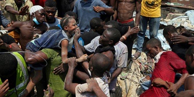 Ülkede çöken okul binasından 41 kişi kurtarıldı!
