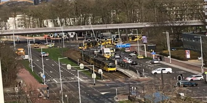 Hollanda'da silahlı saldırı! Polis saldırganı arıyor