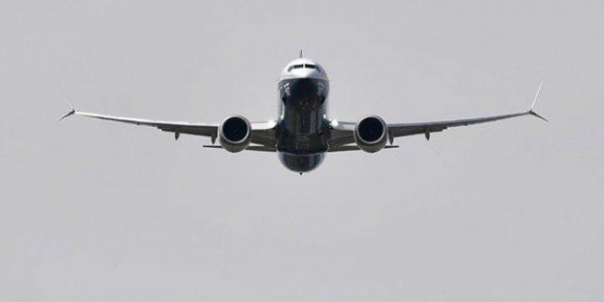 Boeing 737-800 tipi uçak Rusya'da  acil iniş yaptı!
