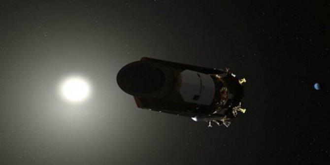 NASA 2 ay yatan gönüllülere para verecek