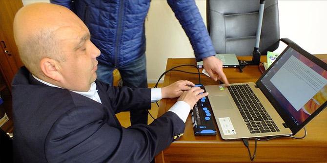 Görme engellilere akıllı klavye