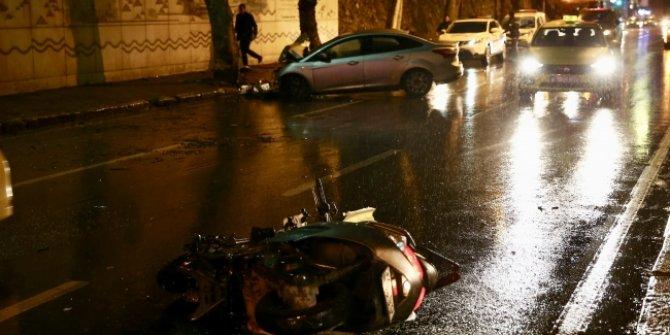 Şerit değiştiren otomobil motosiklet çarpıştı: 1 ölü, 1 yaralı