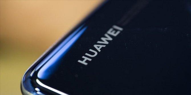 Huawei Türk profesörü kahraman ilan etti