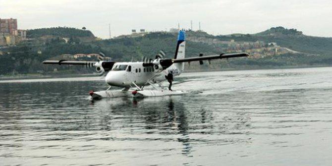 İki deniz uçağı havada çarpıştı! 5 ölü 10 yaralı