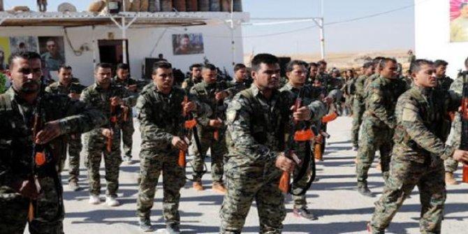 YPG/PKK'lı teröristleri eğitmeye devam ediyorlar!
