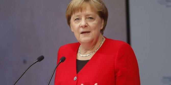 """Merkel'den Türkiye açıklaması! """"....ancak ortak çıkarlar var"""""""