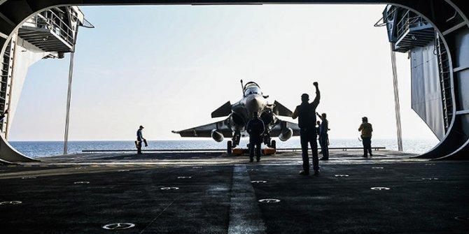 Fransız savaş uçakları acil iniş yaptı!