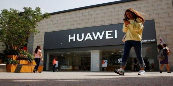 Huawei'ye bir darbe de Panasonic'ten