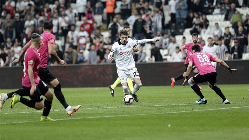 Beşiktaş, Kasımpaşa karşısında hata yapmadı ve sezonu 3. sırada tamamladı