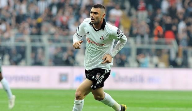 Burak Yılmaz, Beşiktaş'taki bir ayrılığı daha açıkladı