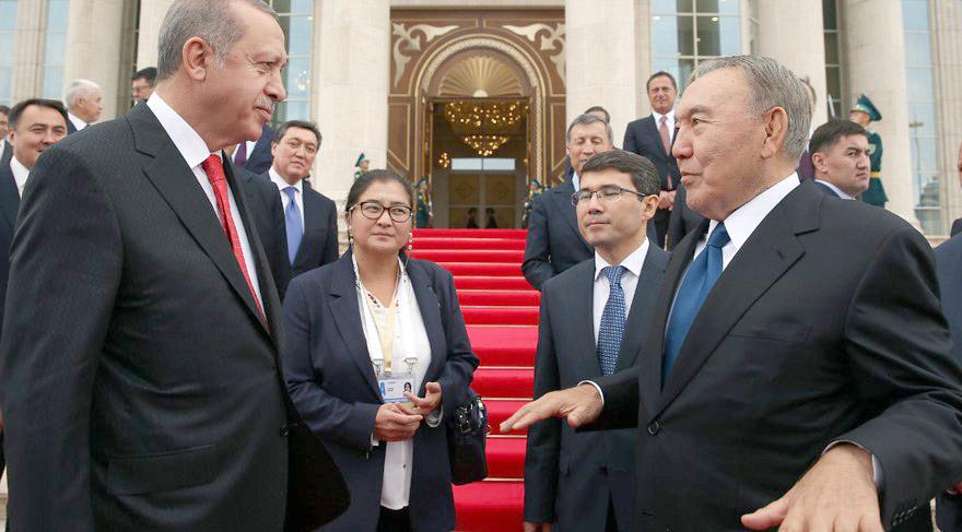 """Erdoğan'ın önerisiyle """"Türk Konseyinin Ömür Boyu Onursal Başkanı"""" oldu"""