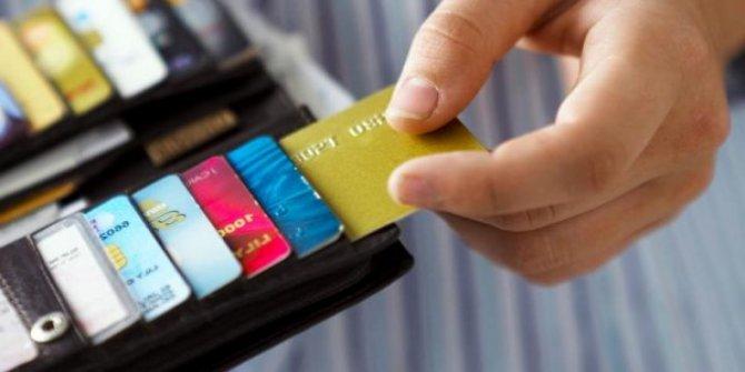 Kart aidatlarını tüketici ödemeye devam ediyor