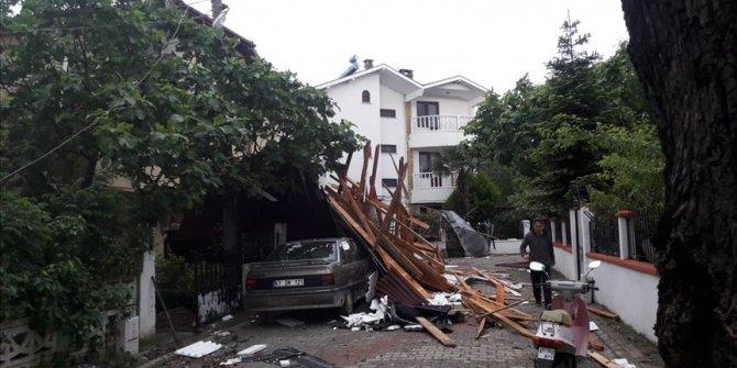 Gebze ile Kandıra ilçelerinde şiddetli rüzgar etkili oldu!