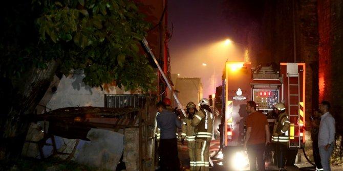 İstanbul Fatih'te yangın: 1 ölü, 1 yaralı