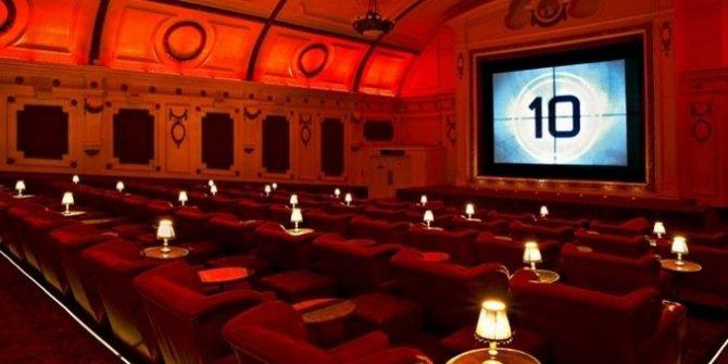 Bu hafta 3'ü yerli 10 film vizyona girecek!