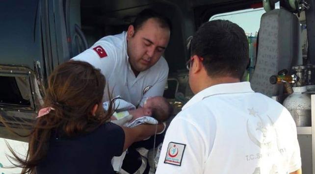 Ambulans helikopter Asaf bebek için havalandı