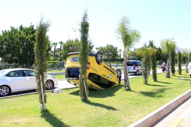Kaza sonrası turistten 'pes artık' dedirten hareket