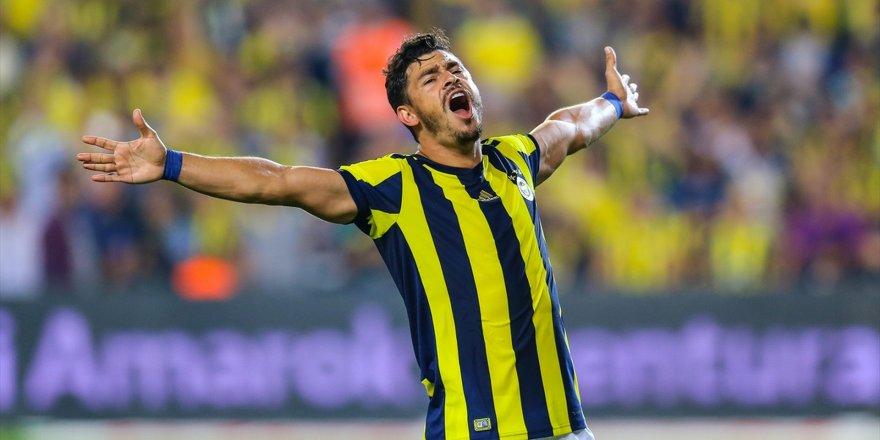 Fener'in eski yıldızı Galatasaray'a önerildi!