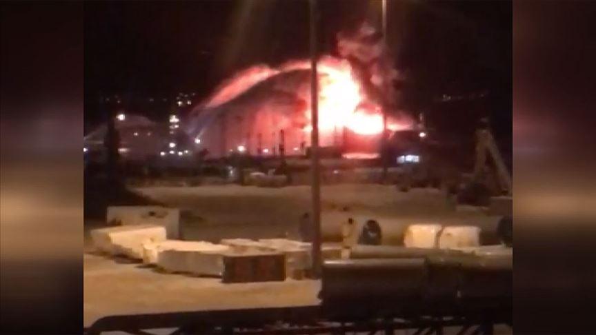 Gemide korku dolu anlar! Patlamanın ardından yangın çıktı!