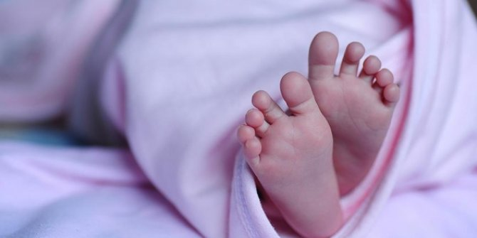 Bebeklerin kimlik kartları evlerine gönderilecek