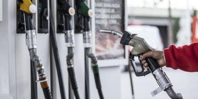 Benzinin litre fiyatına 27 kuruş zam! (Benzin kaç lira?)