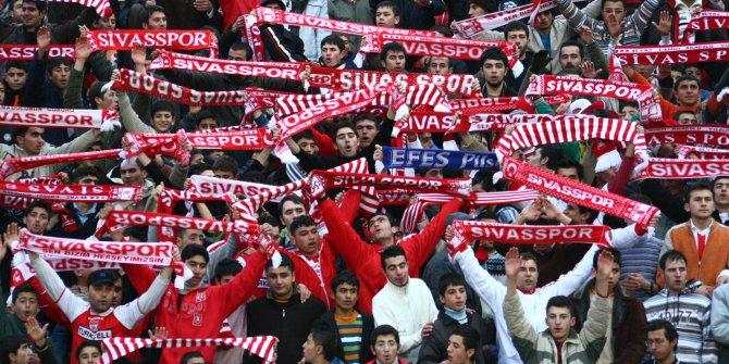 Sivasspor, kaleci Muammer Yıldırım'ı renklerine bağladı