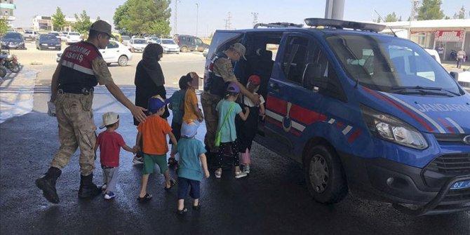 Kırmızı bültenle aranan DEAŞ'lı 2 kadın Şanlıurfa'da yakalandı