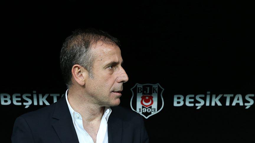 Beşiktaş'ta Abdullah Avcı sağlık kontrolünden geçti!