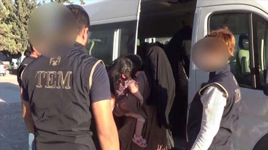Interpol'ün aradığı DEAŞ'lı 3 kadın Kilis'te yakalandı