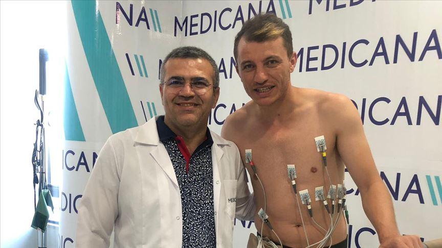 Sivasspor'un kaptanı sağlık kontrolünden geçirildi