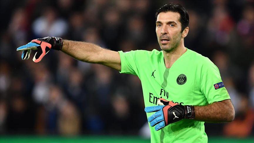 41 yaşındaki Buffon, Juventus'a döndü