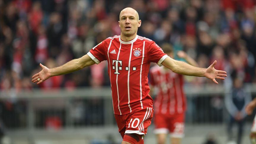 Yıldız futbolcu Arjen Robben futbolu bıraktı!