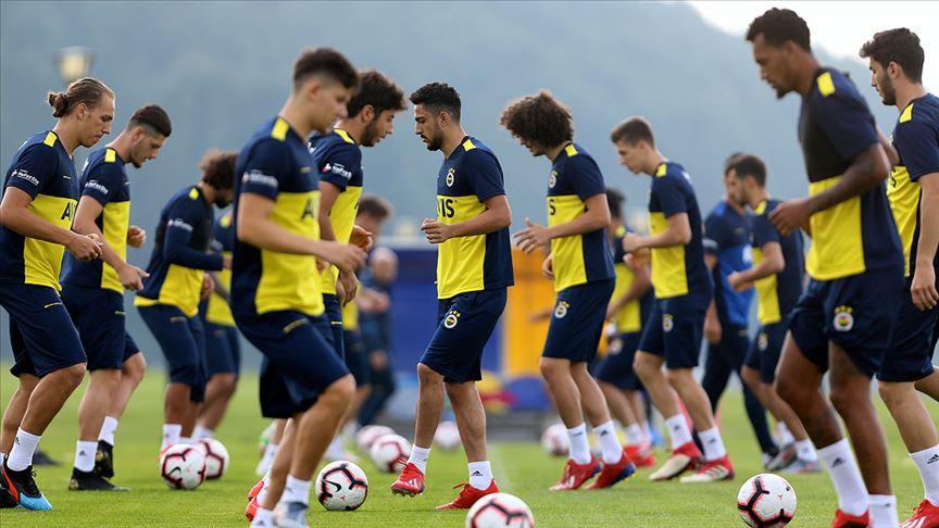 Fenerbahçe, Topuk Yaylası'nda çalışmalarına devam ediyor!