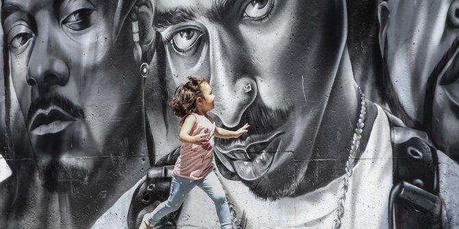 Öğrencilerin hayatları grafitiyle renkleniyor