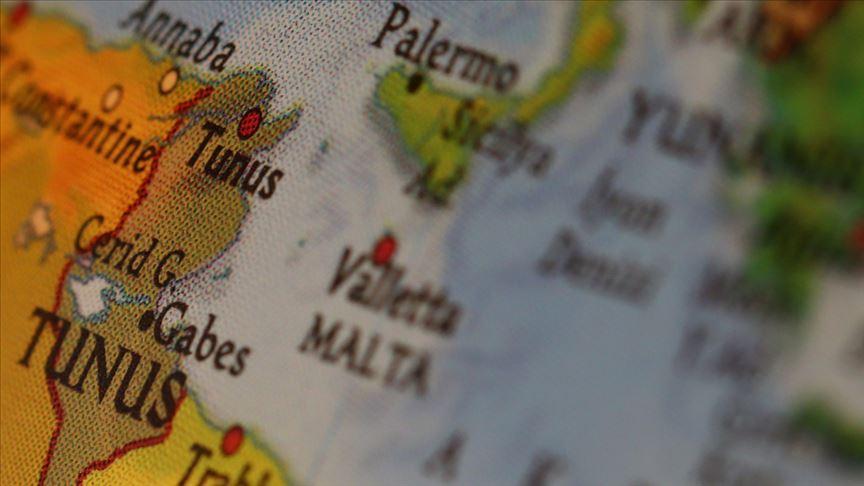 Malta, Akdeniz'de kurtarılan düzensiz göçmenleri 'şartlı' aldı