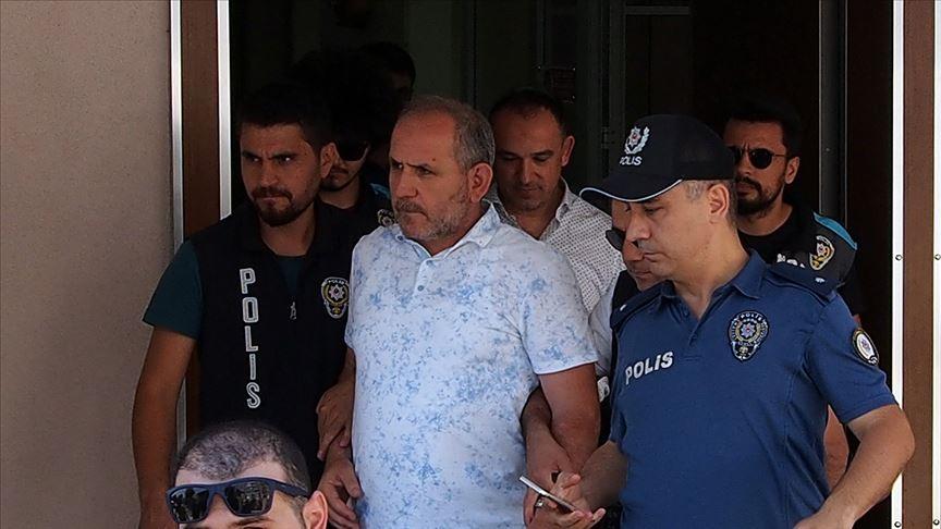 Saldırgan baklavacıların elini sıkan polis amiri açığa alındı