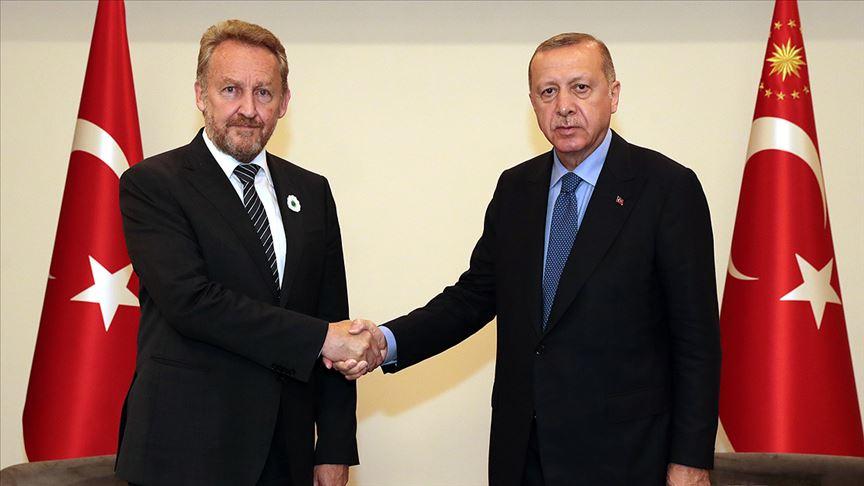 Erdoğan, Bosna Hersek'te Bakir İzetbegoviç ile görüştü