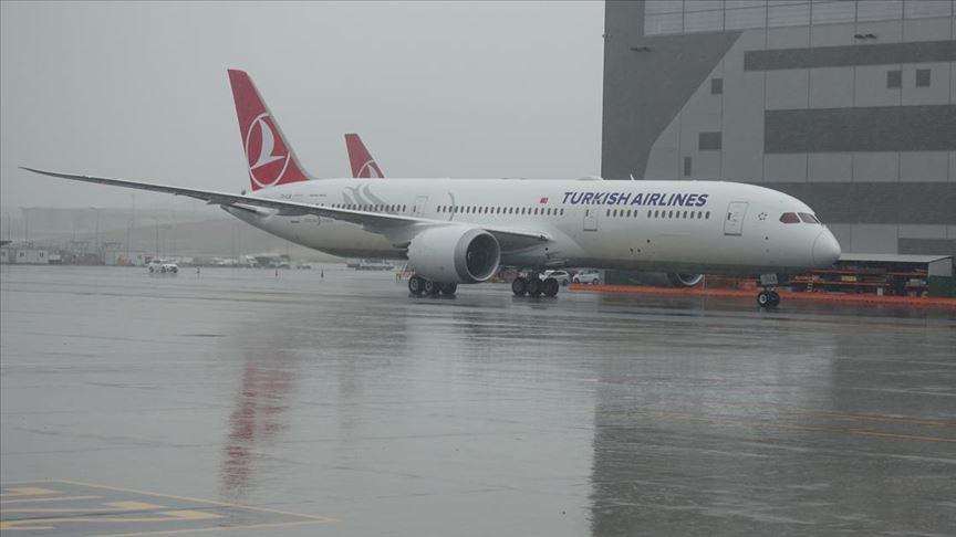 THY'nin ikinci 'rüya uçağı' İstanbul'a geldi!