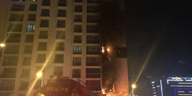 Ankara Etimesgut'ta 16 katlı binada yangın çıktı!