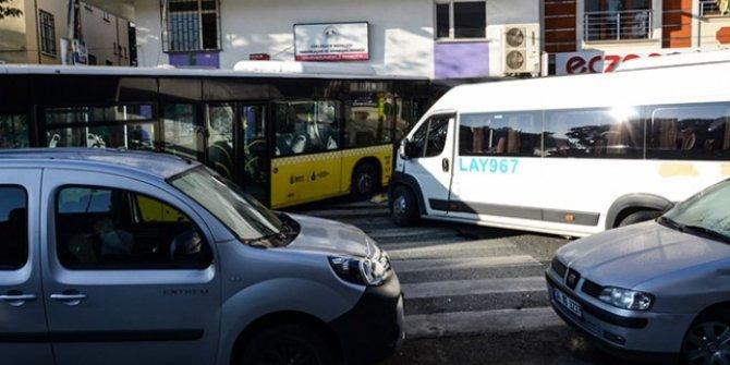 İETT otobüsü servis minibüsüne çarptı sonra dükkana girdi: 1 ölü, 3 yaralı