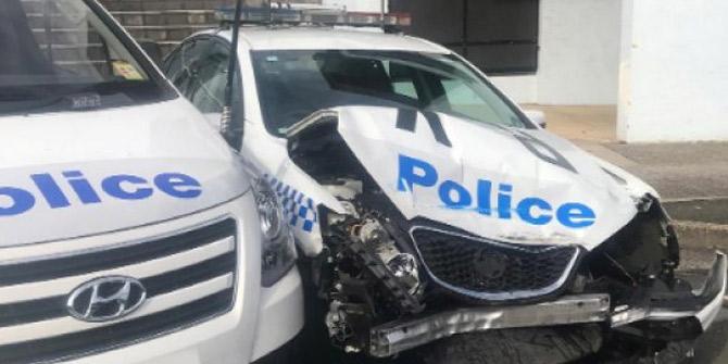 Milyon dolarlık uyuşturucuyla polis aracına çarptı